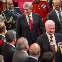 Harper-Johnston-GG-throne