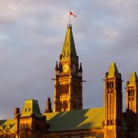OTTAWA, ONT., OCT 24, 2012--PARLIAMENT HILLEarly morning light on Parliament Hill as seen from Majors Hill Park. (STOCK PIX)(PAT McGRATH/Ottawa Citizen)ASSIGNMENT #110798for CITY standaloneSAXO--0000-CITY-STOCKPICSVIDEO--NO