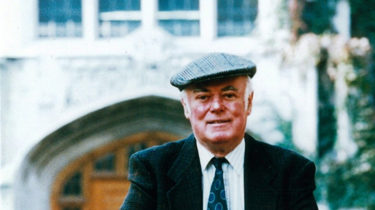 an analysis of no great mischief by alistair macleod Alistair macleod essay examples an analysis of no great mischief by alistair macleod 854 words 2 pages a comparison of the road not taken and the lost salt.