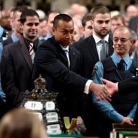 parliament-hill-security-honour