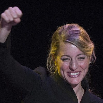 Montreal mayoral candidate Melanie Joly gestures as she speaks to supporters at her campaign headquarters on provincial election night in Montreal, Sunday, November 3, 2013. THE CANADIAN PRESS/Graham Hughes  A4 0728 liberal nomination // 0728 liberal nomination A4