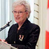Flora MacDonald speaks after receiving the Pearson Peace Medal from Governor General Adrienne Clarkson at a ceremony at Rideau Hall in Ottawa, Friday, March 24, 2000. MacDonald, who served as a senior cabinet member in two Conservative federal governments and made a run for the party's leadership in 1976, has died. THE CANADIAN PRESS/Jonathan Hayward ORG XMIT: CPT109