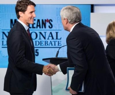 leaders-shake-hands-after-debate