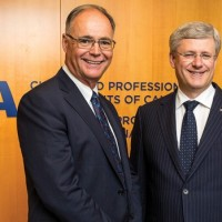 stephen-harper-with-kevin-dancey-of-cpa-canada