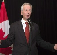 Foreign Affairs Minister Stephane Dion speaks with the media about climate change funding at the Commonwealths Heads of Government meeting, Friday Nov. 27, 2015 in Mgarr, Malta. THE CANADIAN PRESS/Adrian Wyld