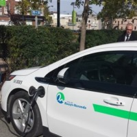 electric-car-charging-at-a-station-in-quebec-s-circuit-electrique