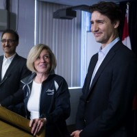 alberta-introduces-bill-to-end-predatory-lending1
