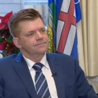 wildrose-leader-brian-jean-says-he-s-staying-put-as-leader-until-members-decide-otherwise