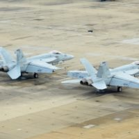 super-hornets-on-flight-line