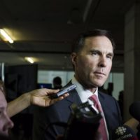 bill-morneau.jpg.size.custom.crop.1086x723