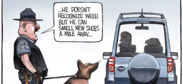 Sniffer dog detects new shoes from cross border shopping Canadians - Color