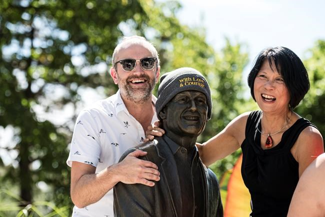 Jack Layton's family and NDP Leader celebrate former leader's life |  National Newswatch