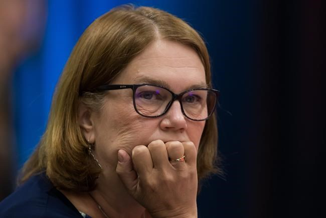 Ethics law forbids ex-minister Philpott from paid work for First Nation    National Newswatch